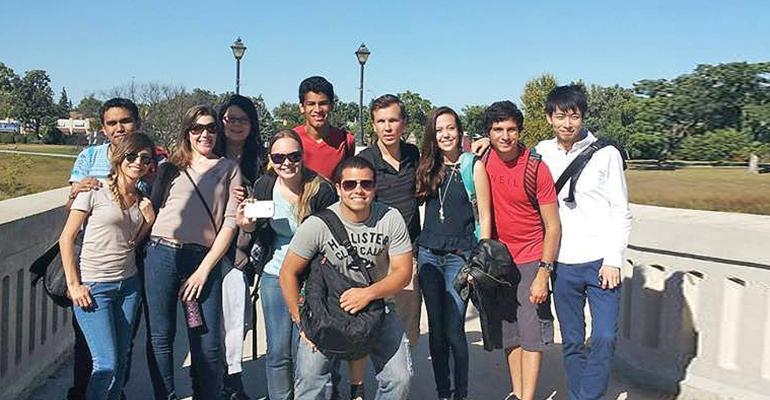 H02_Students at Assiniboine Park September 2013